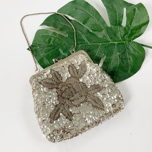 La Regale VINTAGE Sequin Clasp Bag Metal Strap